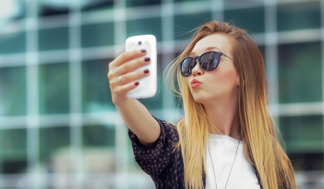 how your facebook profile picture affects your job search by online - Online Job Search Mistakes To Avoid Mind Your Online Profile